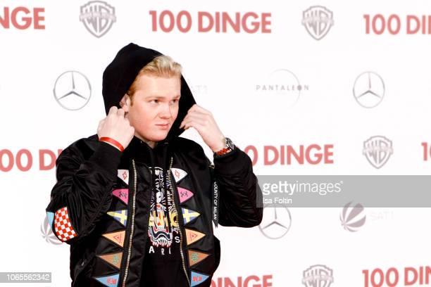 German artist Leon Loewentraut attends the German premiere of the movie '100 Dinge' at CineStar on November 26 2018 in Berlin Germany