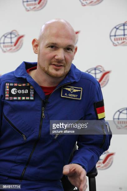 German astronaut Alexander Gerst speaks at the YuriGagarinAstronautTrainingCentre in Moscow Russia 19 January 2018 Photo Thomas Körbel/dpa