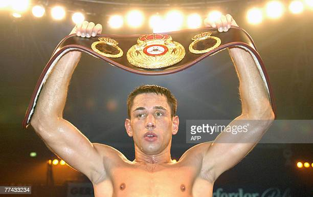 German boxer Felix Sturm celebrates after his WBA middleweight world champion fight against Randy Griffin of the US 20 October 2007 in Halle western...