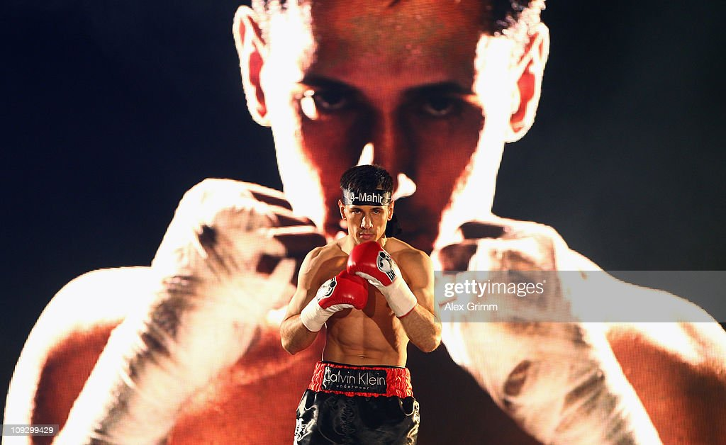 Felix Sturm v Ronald Hearns - WBA Middleweight Championship : News Photo