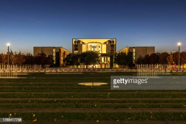 german chancellery blue hour (berlin, germany) - german chancellery stock pictures, royalty-free photos & images