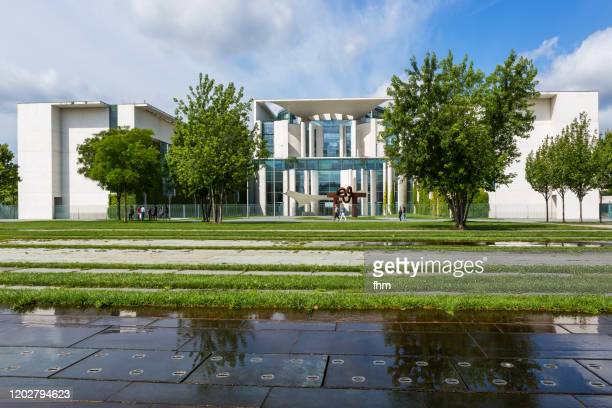 german chancellery (berlin, germany) - prime minister stock pictures, royalty-free photos & images