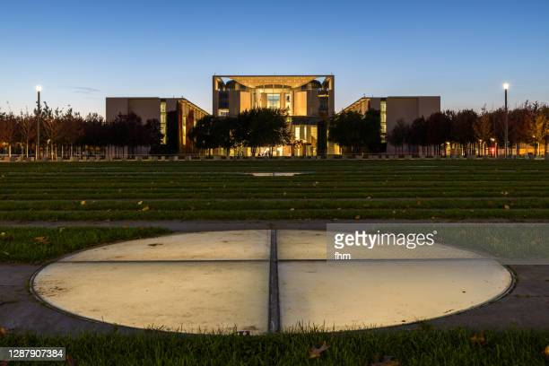 german chancellery (berlin, germany) - german chancellery stock pictures, royalty-free photos & images