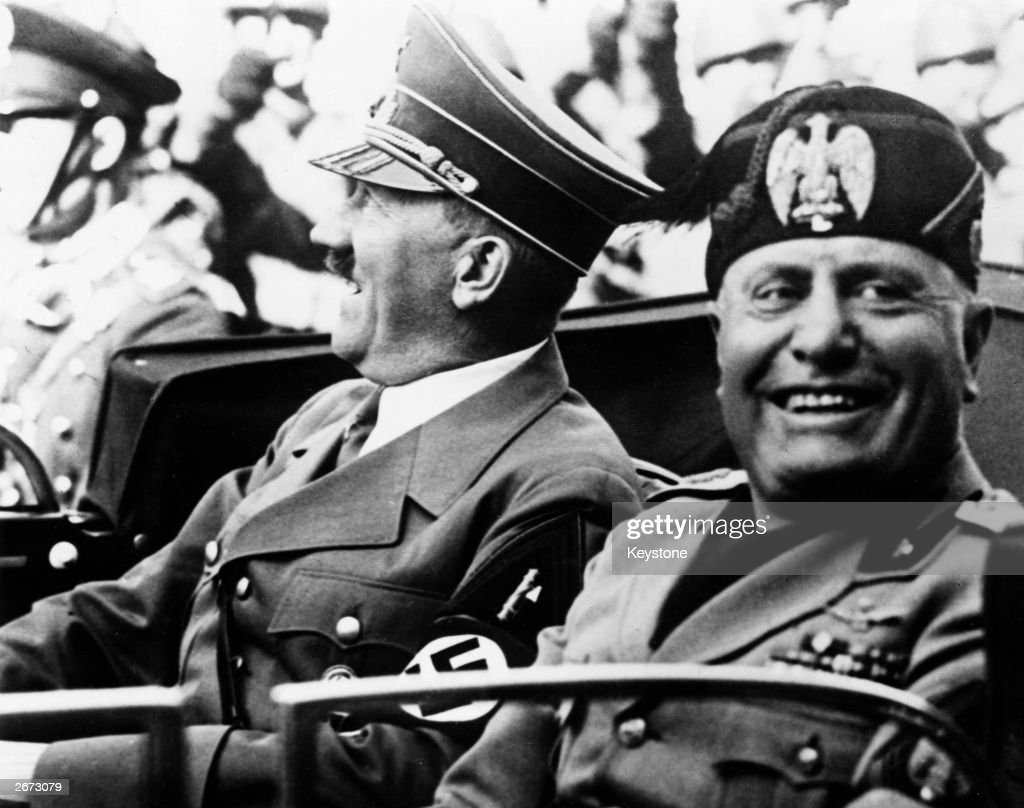 Hitler & Mussolini : News Photo