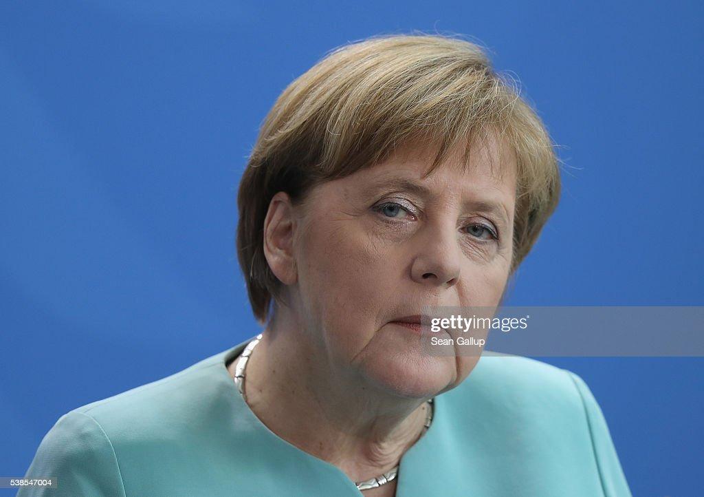 Azerbaijani President Aliyev Meets Angela Merkel : News Photo