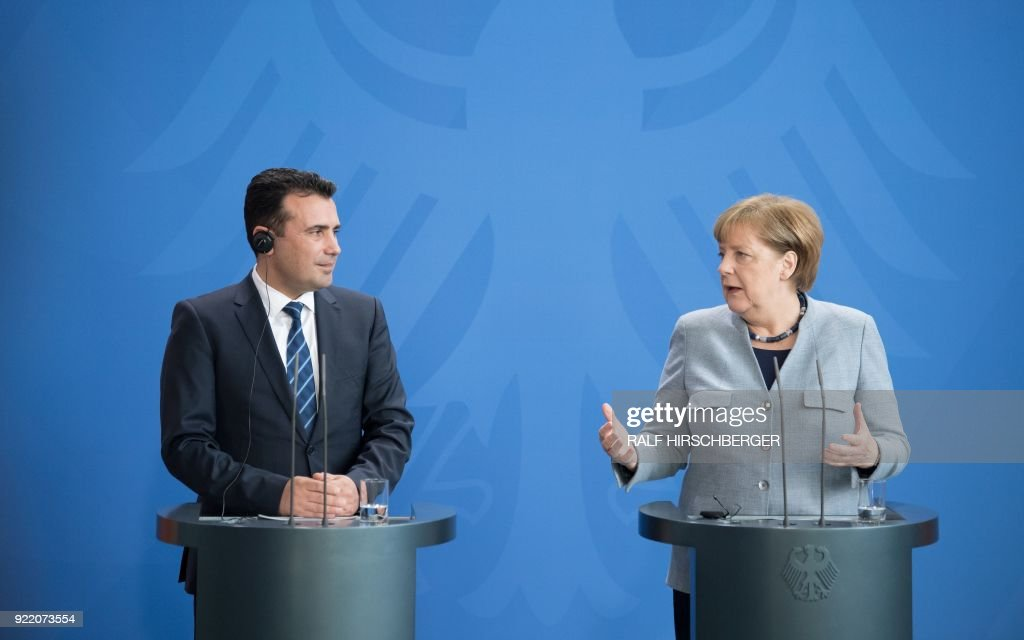 GERMANY-MACEDONIA-POLITICS-DIPLOMACY : News Photo