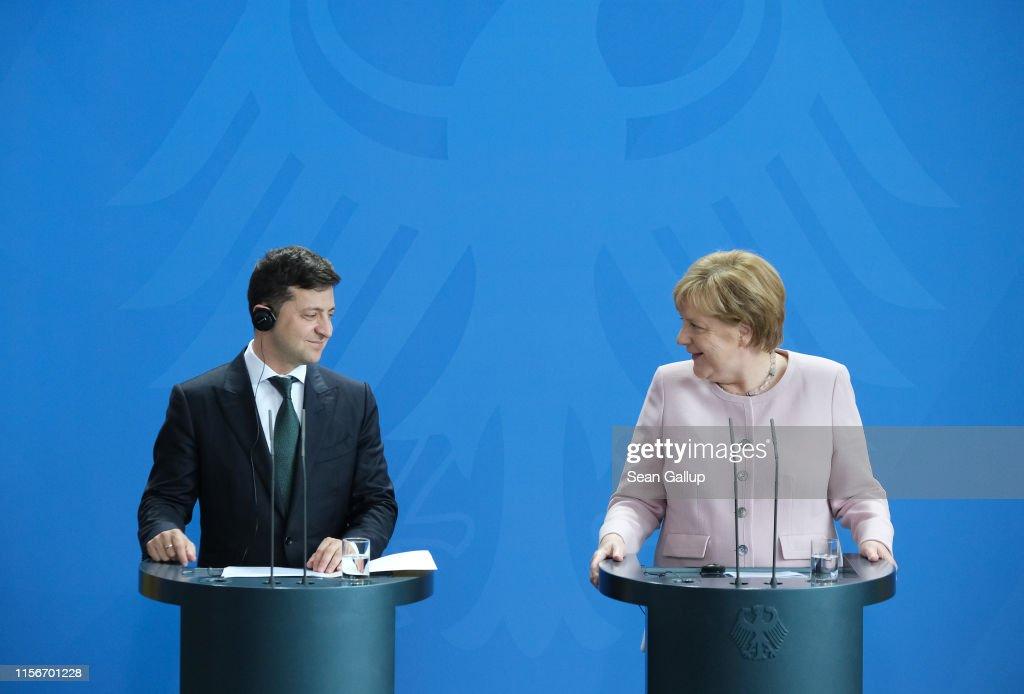 New Ukrainian President Zelensky Visits Berlin : Nachrichtenfoto