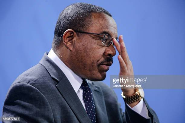 German Chancellor Angela Merkel and the Ethiopian Prime Minister Hailemariam Desalegn attend a press conference after their meeting at the...