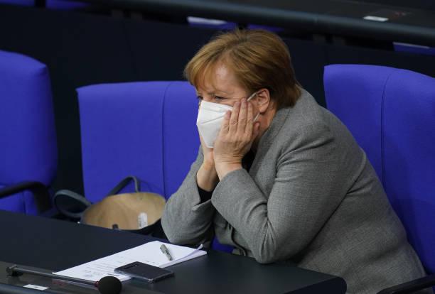 DEU: Health Minister Spahn Gives Bundestag Declaration on Vaccine Rollout