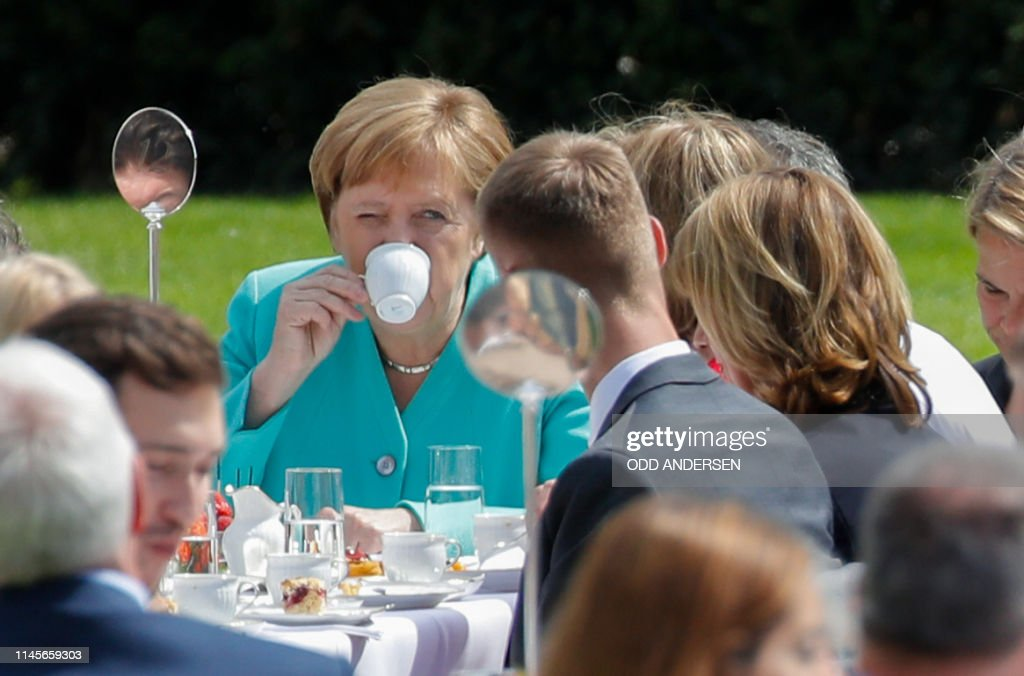 TOPSHOT-GERMANY-POLITICS-CONSTITUTION : News Photo