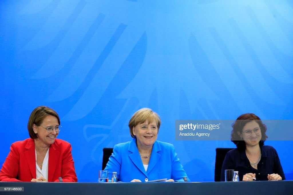 Annual integration summit in Germany : News Photo