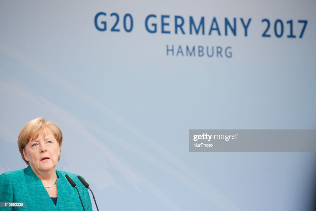 Merkel gives closing press conference of G20 : ニュース写真