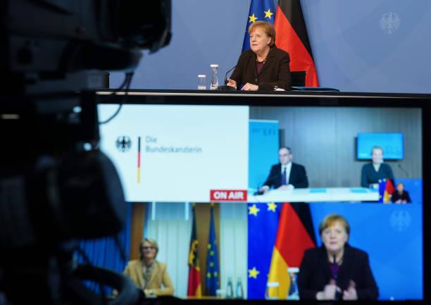 DEU: Merkel Receives 2021 Research And Innovation Report