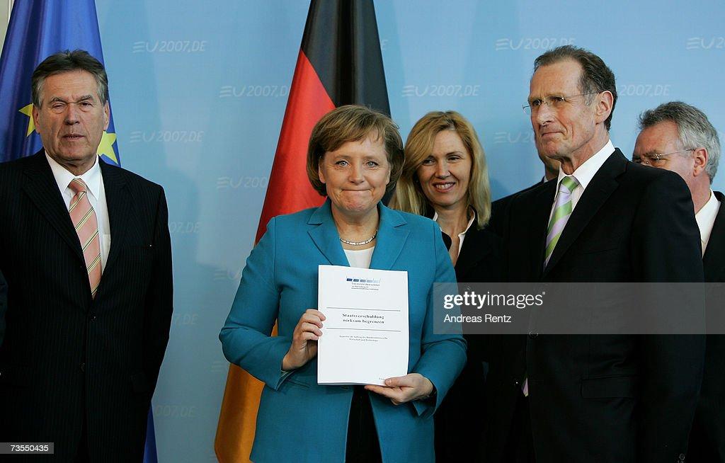 Merkel Receives Economic Experts Council Report : News Photo
