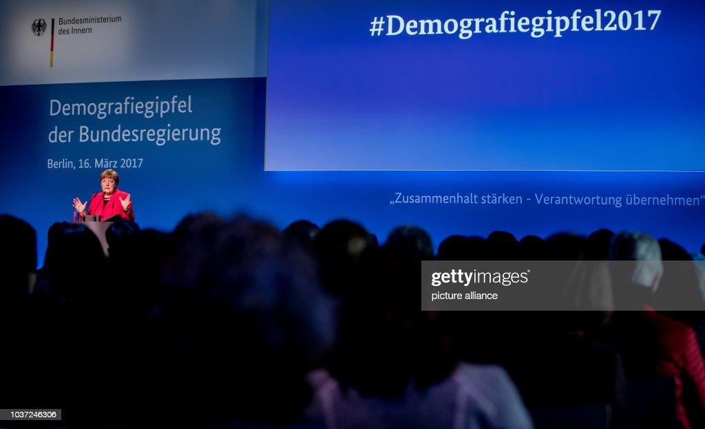 Demographic summit : News Photo