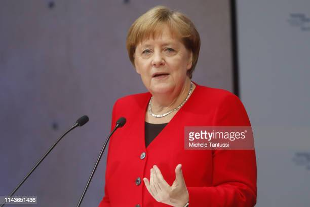 German Chancellor Angela Merkel speaks at the Petersberg Climate Dialogue on May 14, 2019 in Berlin, Germany. The Petersberg Climate Dialogue is a...