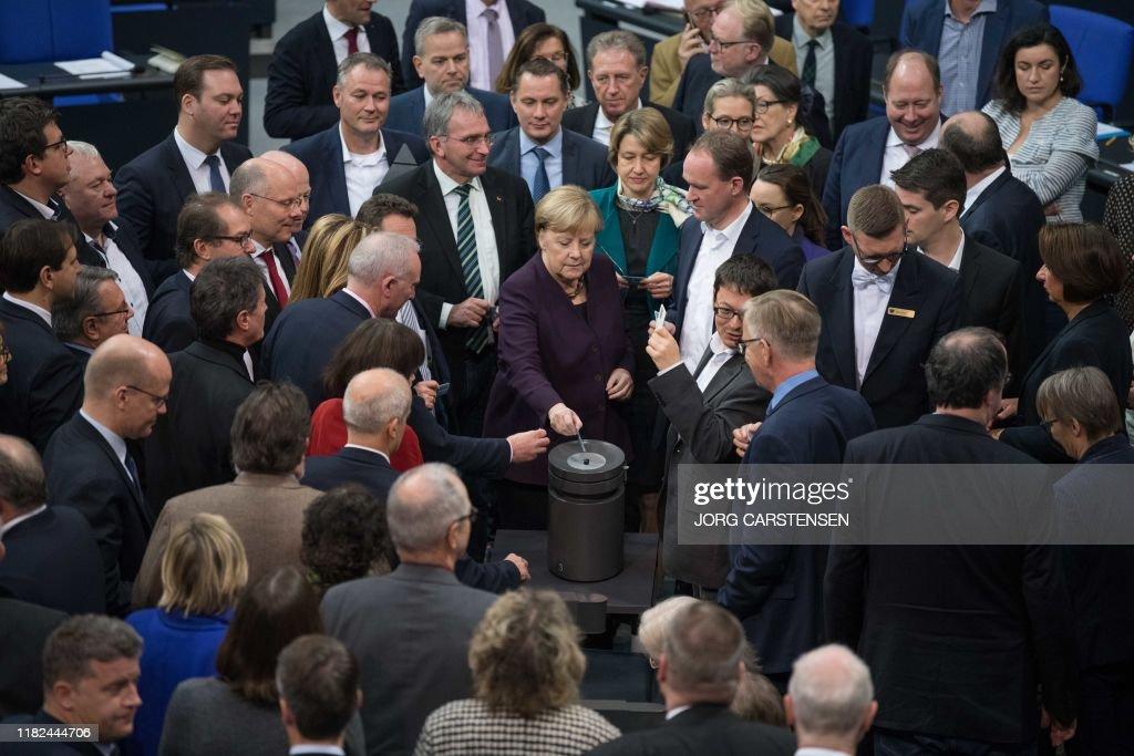 GERMANY-POLITICS-CLIMATE : News Photo