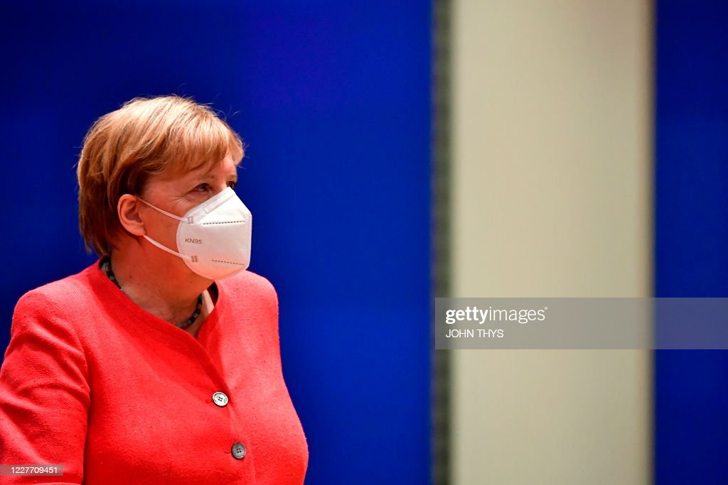 BELGIUM-EU-SUMMIT-HEALTH-VIRUS : News Photo