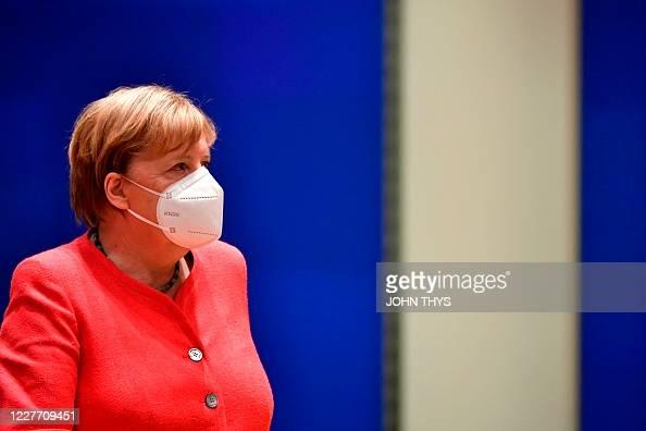 ANGELA MERKEL BIG Face Mask A3//A4 GERMAN Chancellor PRIME MINISTER REFERENDUM