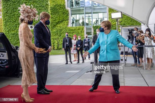 German Chancellor Angela Merkel welcomes King Willem-Alexander of the Netherlands and Queen Maxima of the Netherlands to the German Chancellery on...