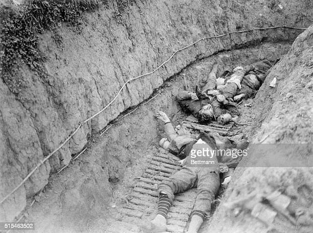 German dead stretched upon the bottom of a trench near Cambrai after the engagement at Flesquieres Nov 23 1917 This picture shows clearly the...