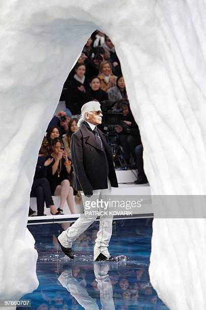 German designer Karl Lagerfeld acknowledges the public after the Chanel autumnwinter 2010/2011 readytowear collection show on March 9 2010 in Paris...