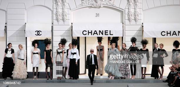German designer Karl Lagerfeld for Chanel at the finale of spring/summer 2009 readytowear collection show in Paris on October 03 2008 AFP PHOTO...