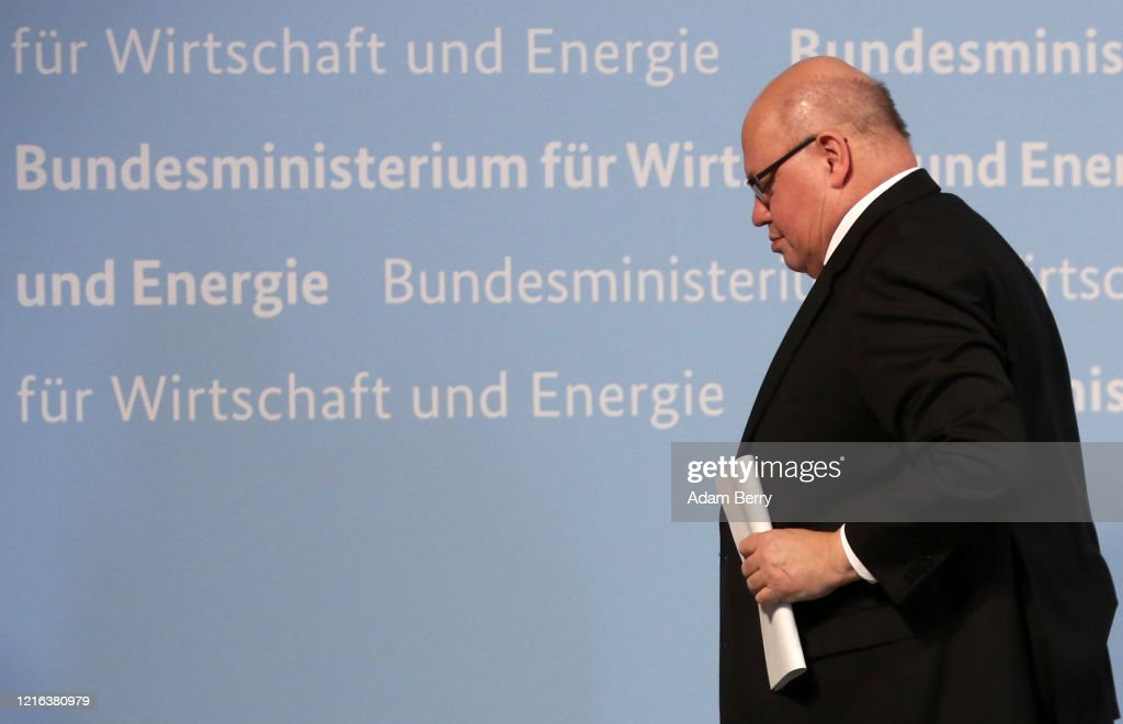 Economy Minister Altmaier Speaks On State Of German Economy During The Coronavirus Crisis : Nachrichtenfoto