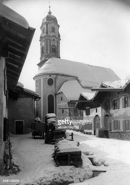 German Empire - Bayern Freistaat - : Upper Bavaria: Church of Saints Peter and Paul in Mittenwald - winter - Photographer: Zander & Labisch -...