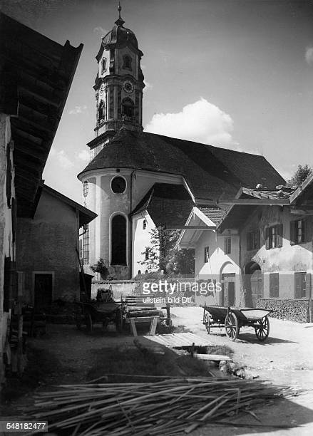 German Empire - Bayern Freistaat - : Upper Bavaria: Church of Saints Peter and Paul in Mittenwald - Photographer: Zander & Labisch - Published by:...