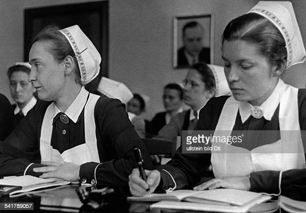 German Empire Bayern Freistaat Upper Bavaria/Tutzing School for leading nurses of the Nazi sisterhood lesson Published by 'Dame' 10/1941Vintage...