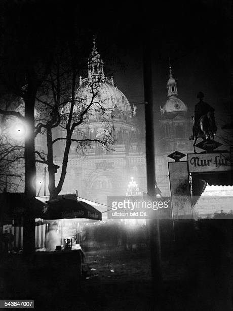 German Empire Free State Prussia Brandenburg Province Berlin Christmas market with dome in the background Photographer Curt Ullmann Published by...