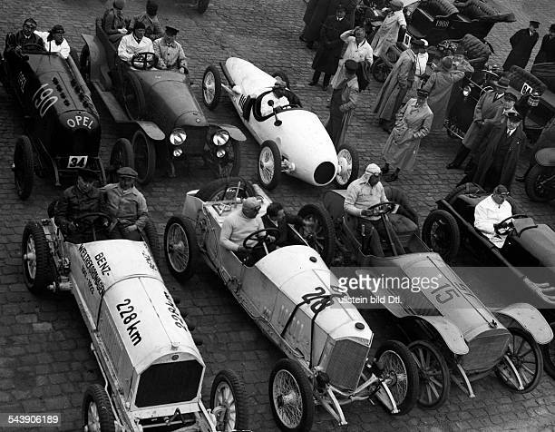 German Empire Free State Prussia Historical racing cars Benz racing car Mercedes racing car and the ' Benz Tropfenwagen ' Photographer Martin...