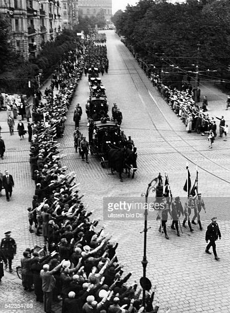 German Empire Funeral procession of the dead Nazi leaders Reinhold Muchow and Willy Maehling the procession in the Baerwaldstrasse Photographer Paul...