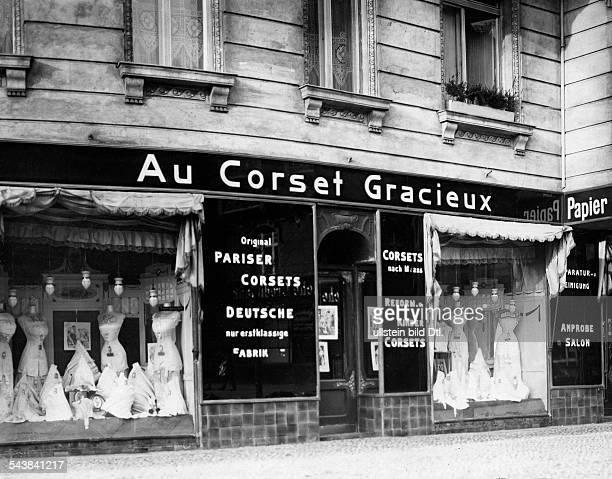 German Empire Kingdom Prussia Berlin Berlin Shop for corsets 'Au Corset Gracieux' at the Prager Platz 1914 Photographer Frankl Published by 'Berliner...