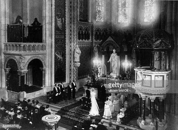 German Empire Kingdom Prussia Berlin Berlin View of the altar room during the first wedding ceremony at the Kaiser Wilhelm Memorial Church in the...