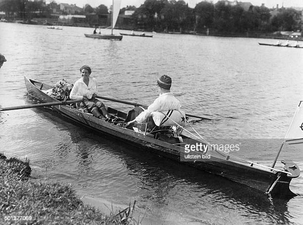 Lake 'Mueggelsee two women rowing a boat undated probably around 1910 Photographer Haeckel