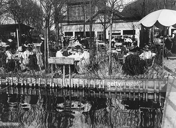Showing gardenrestaurant on the waterfront of the lake 'Mueggelsee' undated probably around 1910 Photographer Haeckel