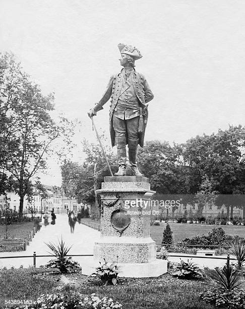 German Empire Kingdom Prussia Brandenburg Province Potsdam Sculpture Friedrich der Grosse by Sculptor Joseph Uphues at Park Sanssouci 1906...