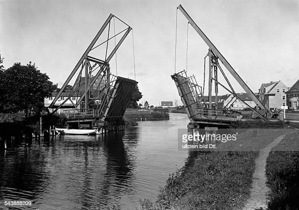 German Empire Kingdom Prussia Ostpreussen Provinz Masuria Loetzen Old drawbridge at the Loetzen Canal Photographer Transocean 1928Vintage property of...