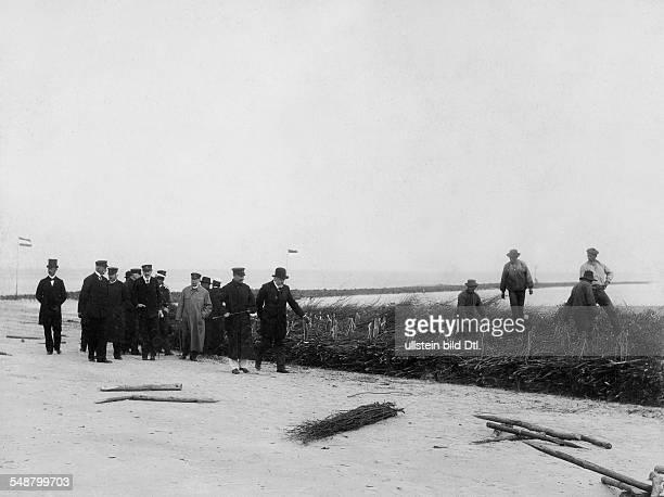 German Empire Kingdom Prussia SchleswigHolstein Province Helgoland Wilhelm II German Emperor King of Prussia *27011859 Wilhelm II visiting Helgoland...
