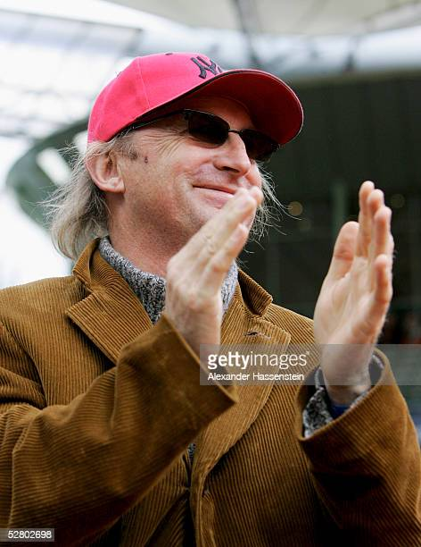 German entertainer Otto Waalkes applaud during the match between Roger Federer of Switzerland and Tommy Robredo of Spain during the Masters Series...