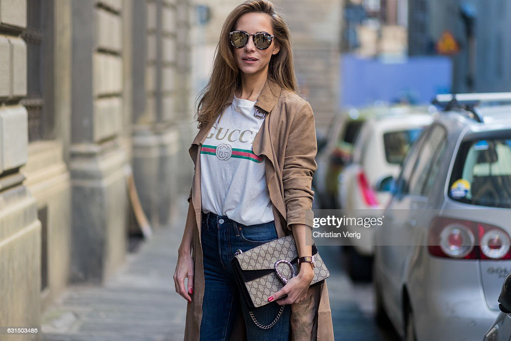 9aace0c1 German fashion blogger and model Alexandra Lapp is wearing retro ...