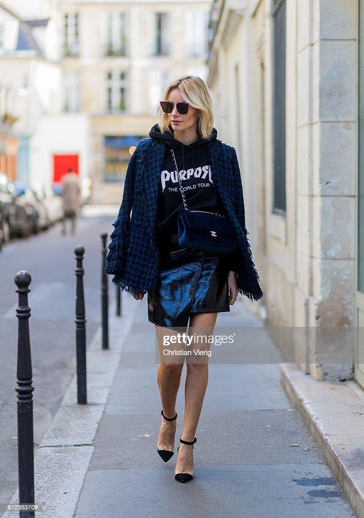 Street Style : Day Seven  - Paris Fashion Week Spring/Summer 2017 : News Photo