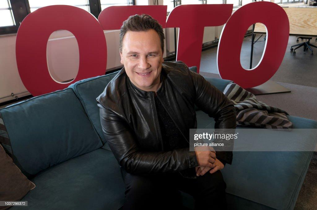 German fashion designer Guido Maria Kretschmer attends a press conference  of online retailer Otto in Hamburg 93633caac0