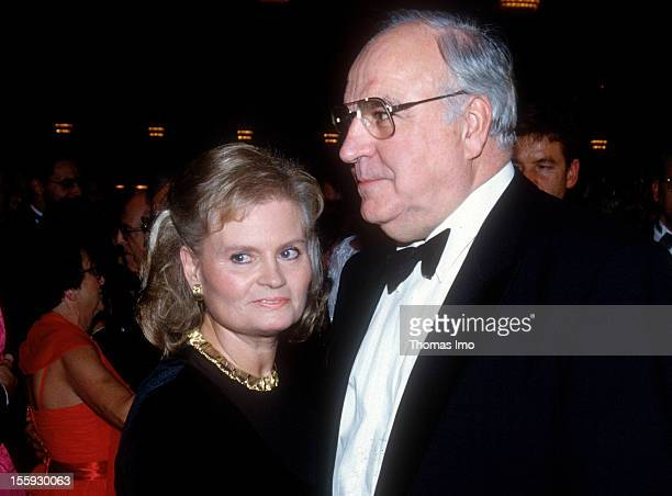 German Federal Chancellor Helmut Kohl and his wife Hannelore Kohl at the Bundespresseball November 13 Bonn Germany