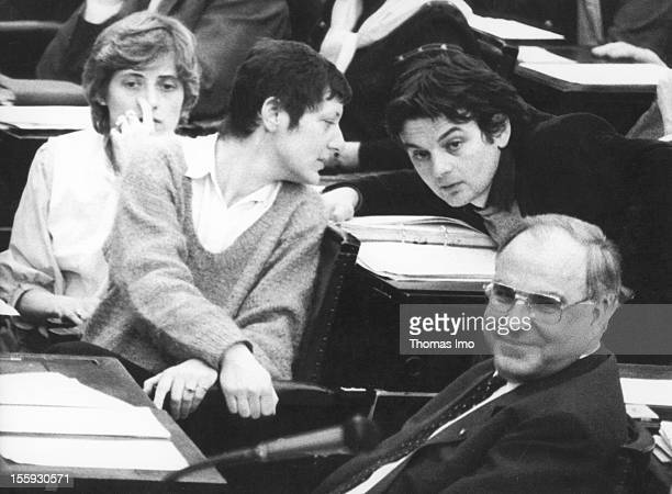German Federal Chancellor Helmut Kohl with members of the Green Party Petra Kelly Marieluise Beck-Oberdorf and Joschka Fischer, March 29 Bonn,...