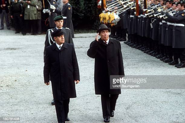GERMANY GYMNICH German Federal Chancellor Helmut SCHMIDT and Leonid Ilyich BREZHNEV General Secretary of the Communist Party of the Soviet Union and...
