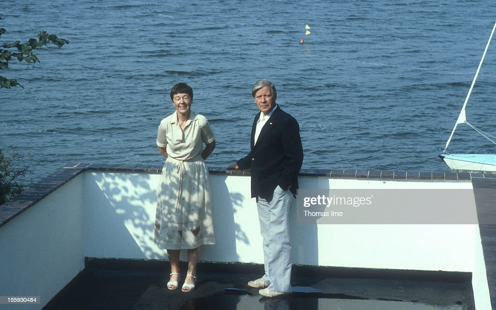 German Federal Chancellor Helmut Schmidt together with his wife Loki on vacation time, August 01, 1982, Brahmsee, Germany.