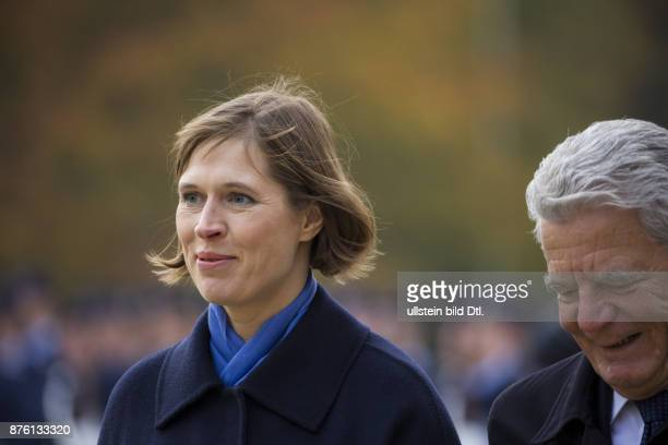 German Federal President Joachim Gauck welcomes the President of the Republic of Estonia Kersti Kaljulaid with military honors on the occasion of her...